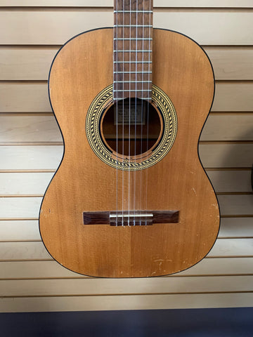 Used Gibson C0 Classical Guitar