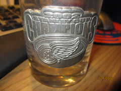 Detroit Red Wings 2002 Stanley Cup Champs Glass W/Metal Logo