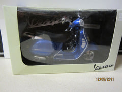 Vespa Granturismo Die Cast 1:12 Scale Scooter New In Package
