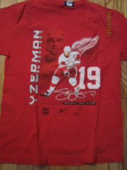 Detroit Red Wings #19 Steve Yzerman T Shirt Medium Reebok
