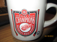 Detroit Red Wings 2002 Stanley Cup Champions Coffee Mug New