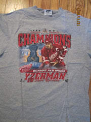 Detroit Red Wings 1998 Stanley Cup Champs Steve Yzerman T Shirt Large