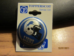 Detroit Lions Old Logo Round Plastic Pin New/Old Shelf Stock