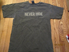 "Ray Ban Sunglasses ""Never Hide"" T Shirt Medium"