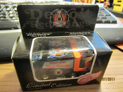 Detroit Red Wings 1997 Stanley Cup Champions Mini Die Cast Zamboni NIP