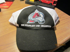 Colorado Avalance 2001 Stanley Cup Champs Mesh Snapback Hat