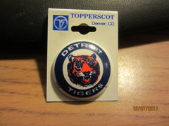 Detroit Tigers Old Logo Round Plastic Pin New Old Shelf Stock