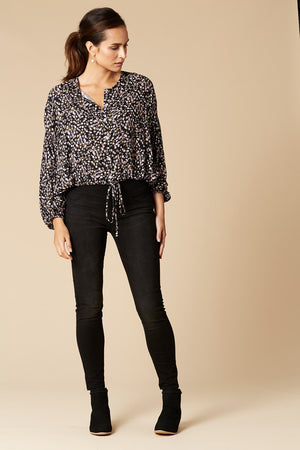 Eb & Ive Margaux Blouse in Onyx Speck