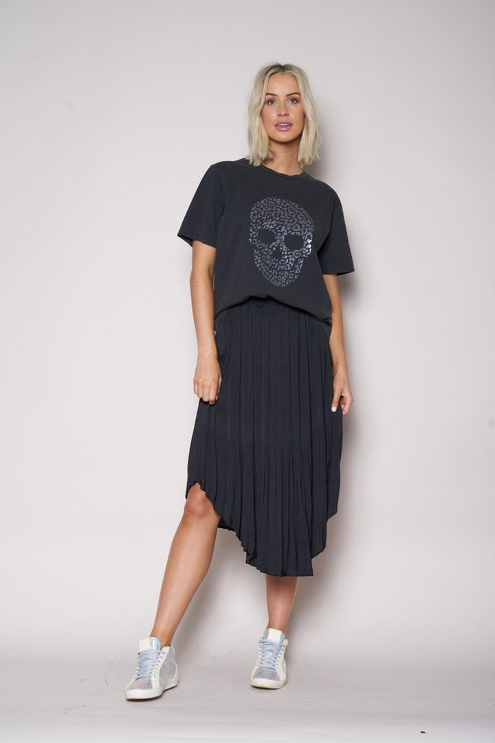 The Others - Pleated Elastic Waist Skirt - Black