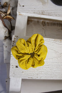 June Scrunchie - Mustard