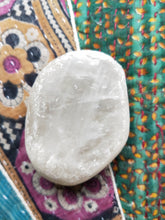 Load image into Gallery viewer, Clear Quartz Seer Stone