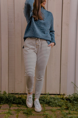 Hali Joggers - White/Black Stripe