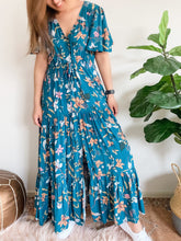 Load image into Gallery viewer, Jules Dress - Floral Print