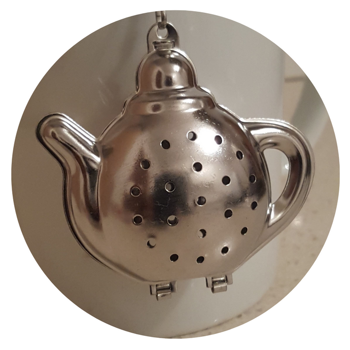 Teapot Shaped Tea Infuser - De Oliveira Tea House