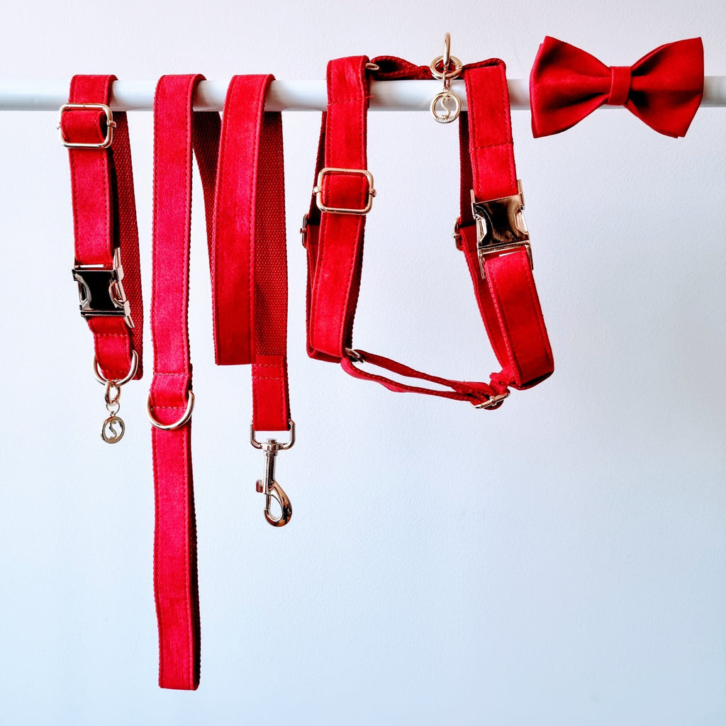 Dog Harness Velvet Red | Timeless - SnuggleDogz