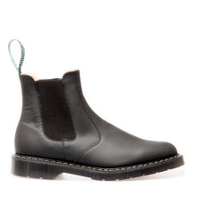 Classic Dealer Boot in Greasy Black