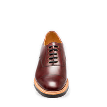 Lifestyle 5 Eye Oxford in Burgundy