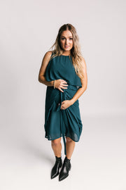 Breastfeeding dress | Breastfeeding friendly clothing | fashionable Breastfeeding dress.