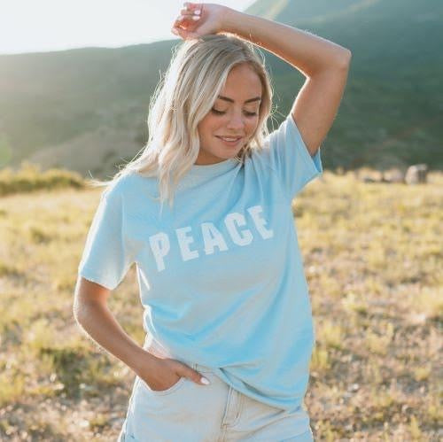 Peace Graphic Tee - Roseabella
