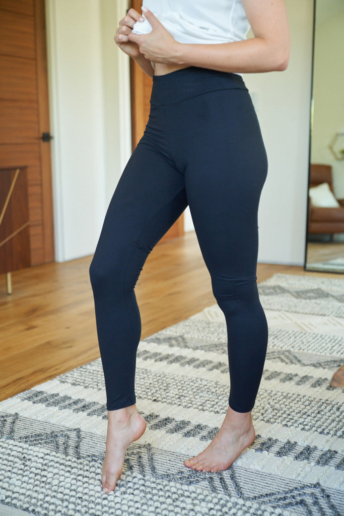 S & XL ONLY Black Leggings - RoseabellaCo
