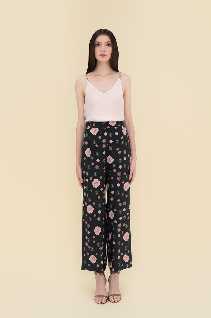 Xenia Pants Black Flower Tiles