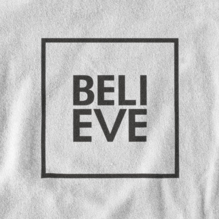 T-SHIRT UNISEXE MANCHES LONGUES BELIEVE (blanc) – IONKS N2