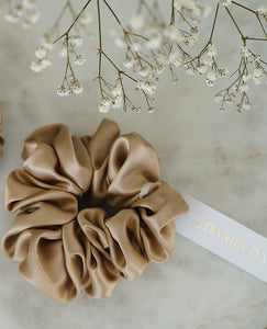 Silk Scrunchie French Beige