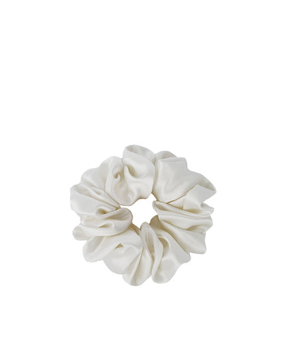 Silk Scrunchie Powder White