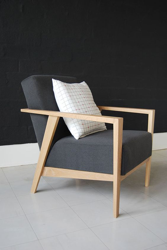 Modern Delight Dining Chair