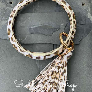 Tassel leopard bracelet key ring - light