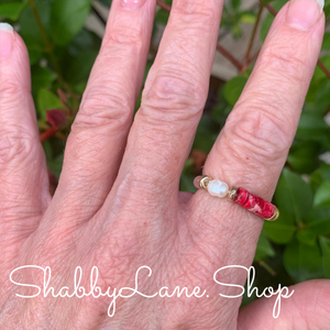 Rose beaded ring.