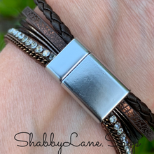 Load image into Gallery viewer, Gorgeous layered heart  bracelet - brown