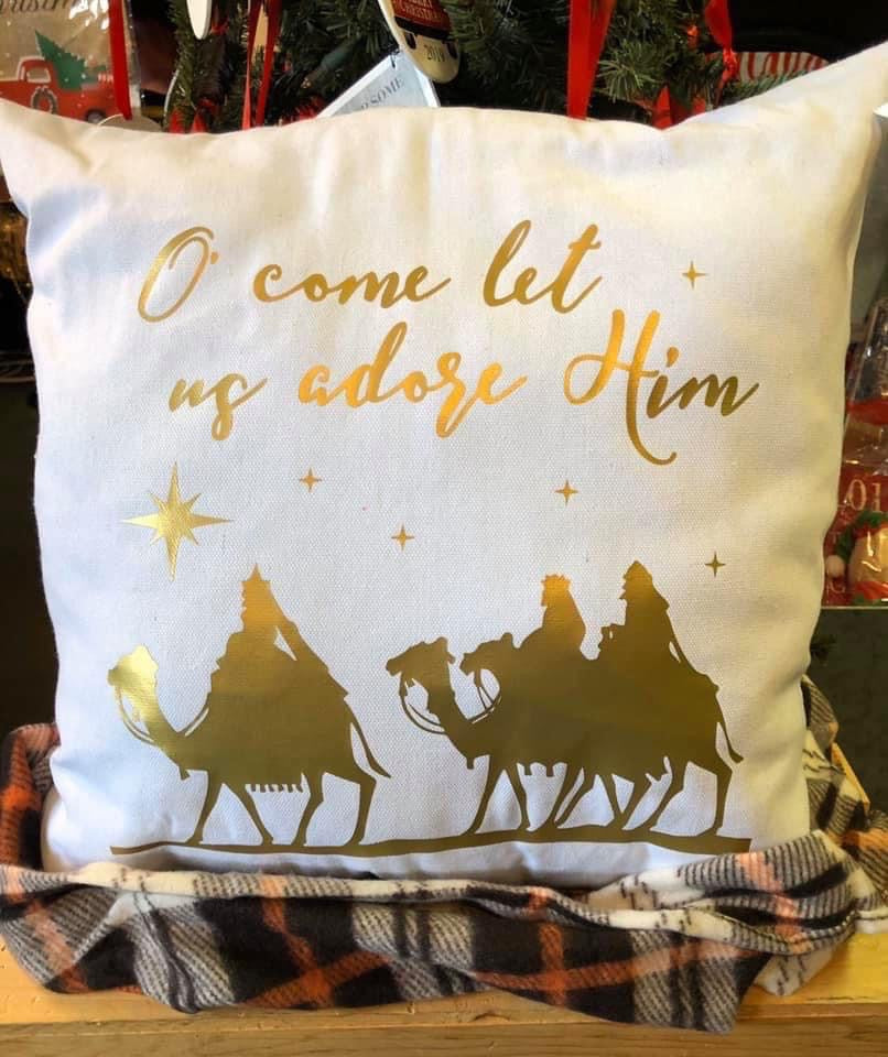 O' Come let us adore Him - Canvas pillow