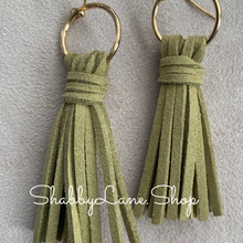 Load image into Gallery viewer, Leather tassel earrings - Olive