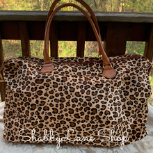 Load image into Gallery viewer, Gorgeous leopard weekender