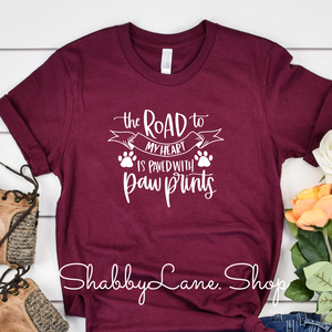 The road to my heart paw prints - Maroon t-shirt