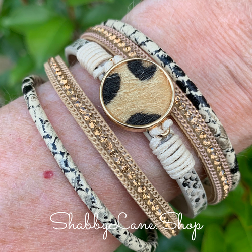 Gorgeous layered bracelet - tan
