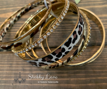Load image into Gallery viewer, Leopard stackable bracelets
