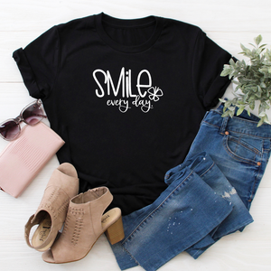 Smile Everyday tee - black