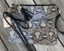 Load image into Gallery viewer, Snakeskin crossbody/wristlet