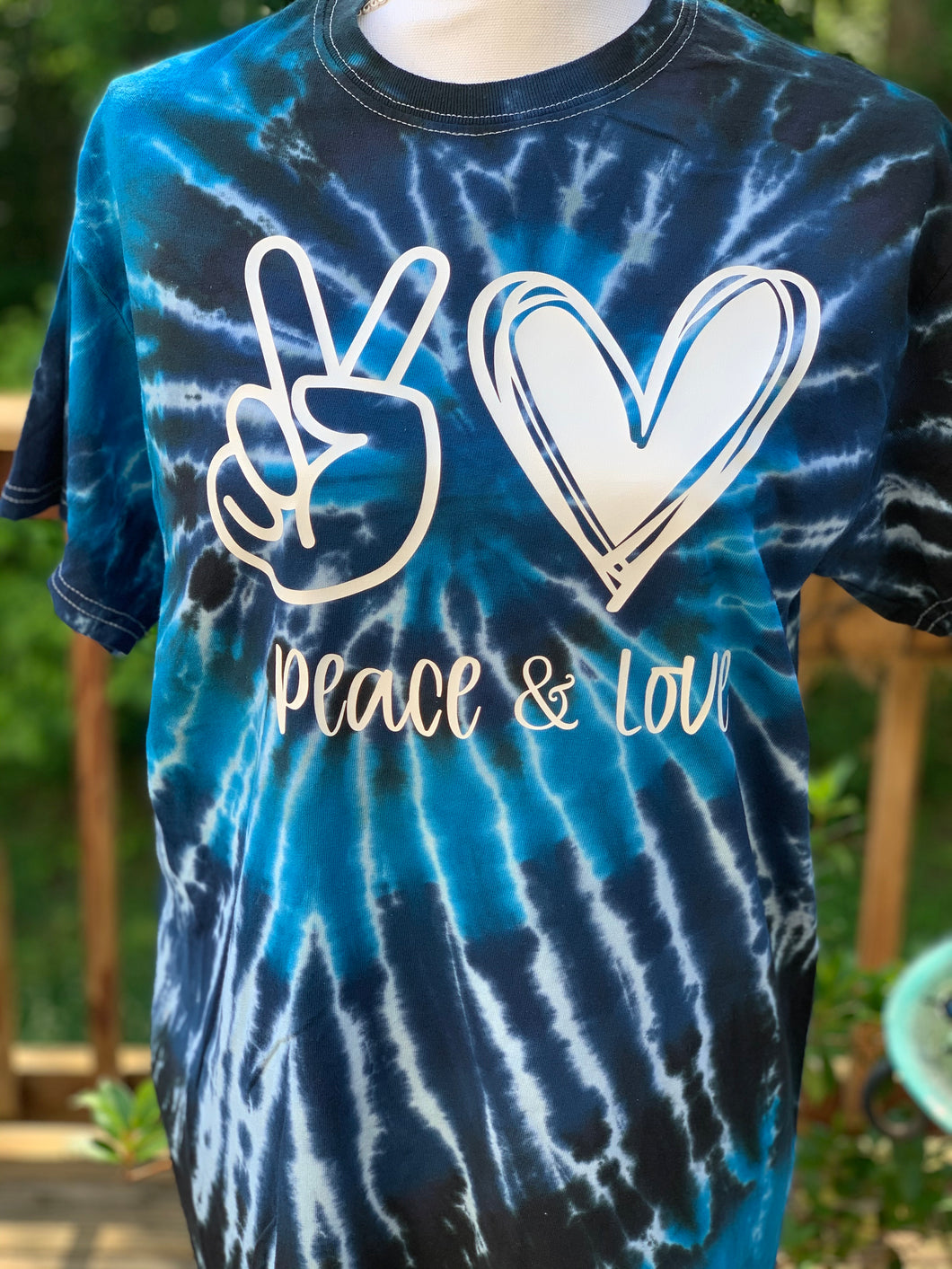 Peace and Love tie dye T-shirt dark blue