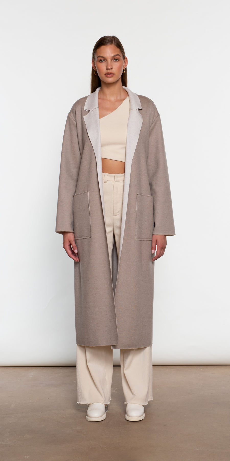REVERSIBLE DECONSTRUCTED OVERSIZED COAT