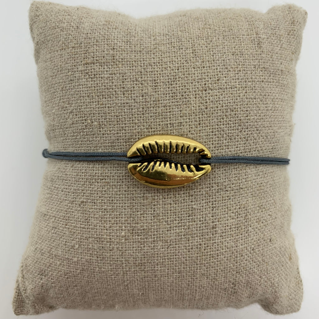 bracelet gros coquillage or dore cordon gris