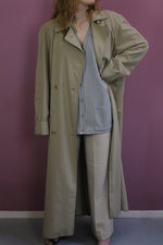 Afbeelding in Gallery-weergave laden, vintage beige lange trench coat