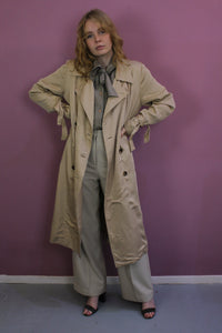 vintage beige trench coat in breda