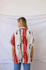 Afbeelding in Gallery-weergave laden, White & red print blouse (L)