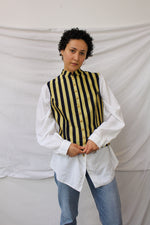 Afbeelding in Gallery-weergave laden, White shirt with gold buttons (XL)