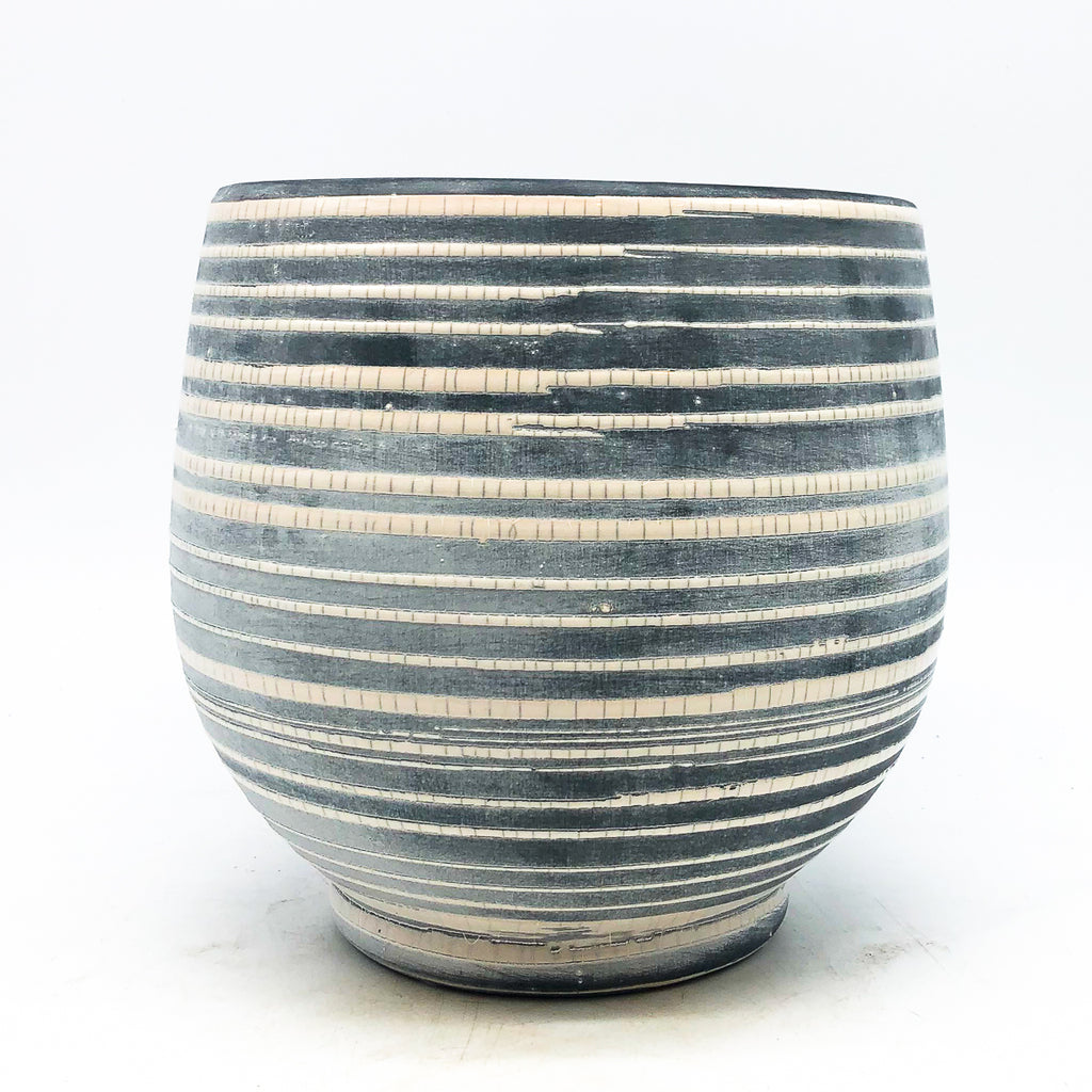 Stoneware Soft White Crackle Pot
