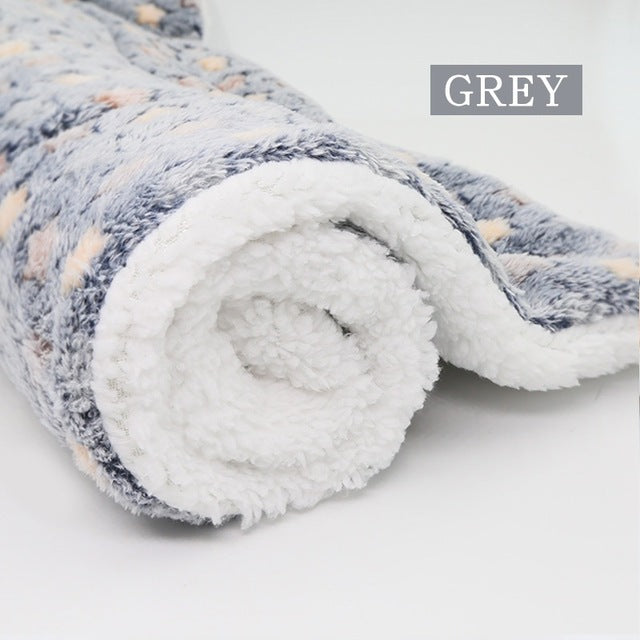 Large Soft Fleece Pet Blanket - Pet Gear Solutions