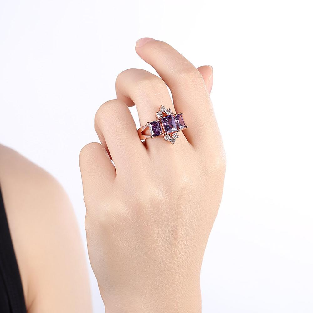 New Design And Charm 18 K Rose Gold Square Purple Cz Bulgaria Ring